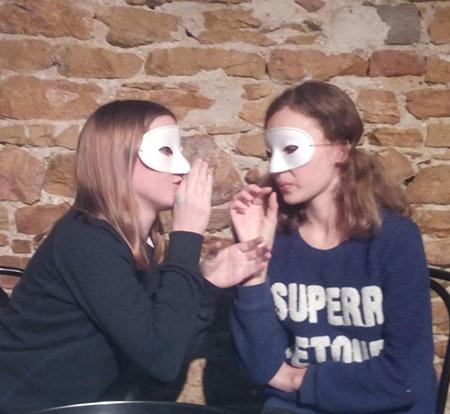 Cours d'improvisation théâtrale et de jeu masqué